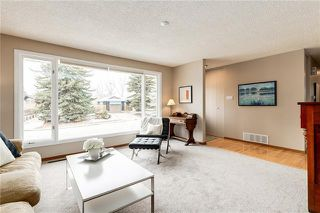 Photo 3: 6124 LEWIS Drive SW in Calgary: Lakeview Detached for sale : MLS®# C4293385