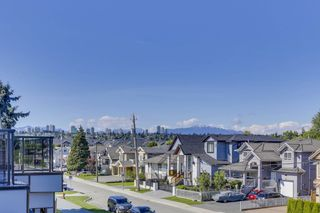 Photo 34: 214 HOWES Street in New Westminster: Queensborough House for sale : MLS®# R2459217