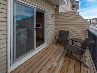 Photo 6: 102 2802 Kings Heights Gate SE: Airdrie Row/Townhouse for sale : MLS®# A1035106