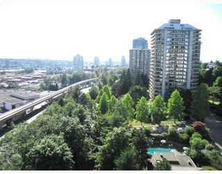 "Photo 8: 1506 2060 BELLWOOD Avenue in Burnaby: Brentwood Park Condo  in ""VANTAGE POINT"" (Burnaby North)  : MLS®# V800702"