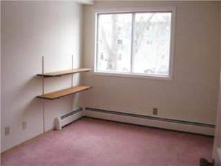Photo 9: 108 910 9th Street East in Saskatoon: Varsity View Condominium for sale (Saskatoon Area 02)  : MLS®# 374451