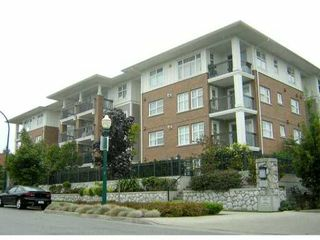 """Photo 1: 405 995 W 59TH Avenue in Vancouver: South Cambie Condo for sale in """"CHURCHILL GARDENS"""" (Vancouver West)  : MLS®# V846861"""