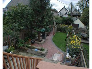 Photo 2: 1030 E PENDER Street in Vancouver: Mount Pleasant VE House for sale (Vancouver East)  : MLS®# V856146