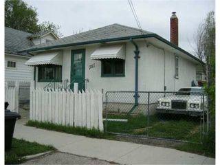 Photo 3: 491 MAGNUS Avenue in WINNIPEG: North End Residential for sale (North West Winnipeg)  : MLS®# 2407037