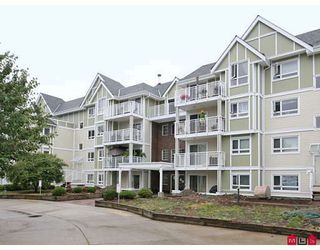 """Photo 1: 107 20189 54TH Avenue in Langley: Langley City Condo for sale in """"Catalina Gardens"""" : MLS®# F2824512"""