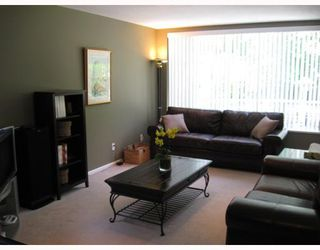 Photo 5: 908 MONTROYAL Boulevard in North_Vancouver: Canyon Heights NV House for sale (North Vancouver)  : MLS®# V772078