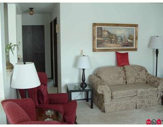 Photo 12: 33295 NEWLANDS Avenue in Abbotsford: Central Abbotsford House for sale : MLS®# F2917487