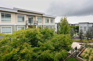 "Photo 10: 422 13768 108 Avenue in Surrey: Whalley Condo for sale in ""VENUE"" (North Surrey)  : MLS®# R2405372"