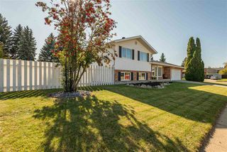 Photo 2: 14715 RIVERBEND Road in Edmonton: Zone 14 House for sale : MLS®# E4176185