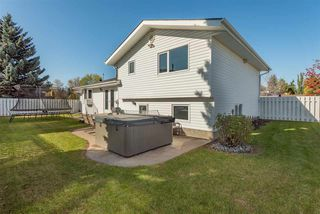 Photo 5: 14715 RIVERBEND Road in Edmonton: Zone 14 House for sale : MLS®# E4176185