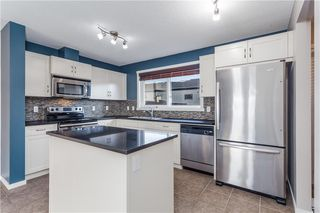 Photo 3: 204 WALDEN Drive SE in Calgary: Walden Row/Townhouse for sale : MLS®# C4274227