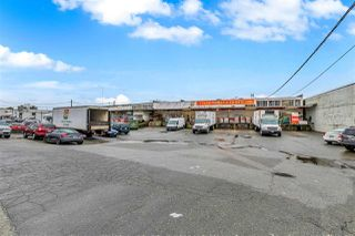 Photo 2: 886 MALKIN Avenue in Vancouver: Strathcona Industrial for sale (Vancouver East)  : MLS®# C8029467