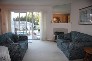 Photo 3: 8 33123 George Ferguson Way in Abbotsford: Central Abbotsford Townhouse for sale : MLS®# R2445114