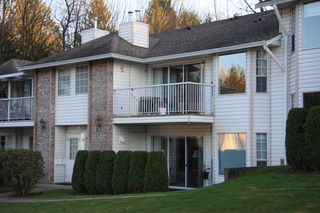 Photo 1: 8 33123 George Ferguson Way in Abbotsford: Central Abbotsford Townhouse for sale : MLS®# R2445114