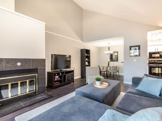 """Photo 5: 307 932 ROBINSON Street in Coquitlam: Coquitlam West Condo for sale in """"The Shaughnessy"""" : MLS®# R2449657"""
