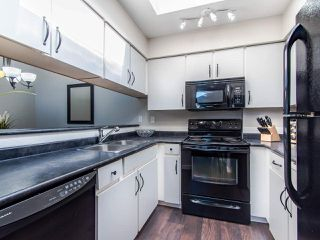 """Photo 8: 307 932 ROBINSON Street in Coquitlam: Coquitlam West Condo for sale in """"The Shaughnessy"""" : MLS®# R2449657"""