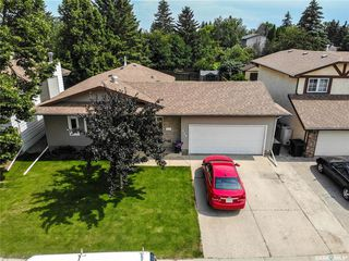 Photo 1: 126 J.J. Thiessen Crescent in Saskatoon: Silverwood Heights Residential for sale : MLS®# SK818917