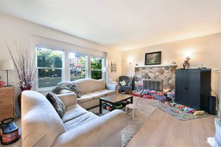 Photo 3: 15040 SPENSER Drive in Surrey: Bear Creek Green Timbers House for sale : MLS®# R2496660