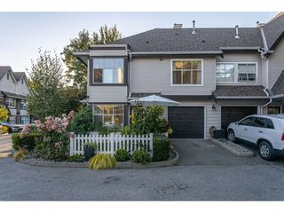"Photo 3: 75 12099 237 Street in Maple Ridge: East Central Townhouse for sale in ""Gabriola"" : MLS®# R2497025"