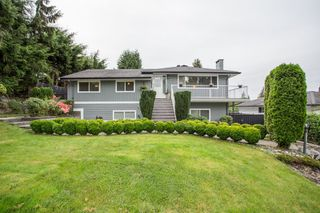 Photo 2: 936 STARDALE Avenue in Coquitlam: Coquitlam West House for sale : MLS®# R2504719