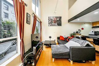 "Photo 9: 204 933 SEYMOUR Street in Vancouver: Downtown VW Condo for sale in ""THE SPOT"" (Vancouver West)  : MLS®# R2505769"