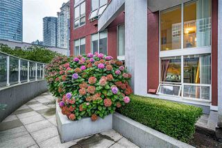 "Photo 23: 204 933 SEYMOUR Street in Vancouver: Downtown VW Condo for sale in ""THE SPOT"" (Vancouver West)  : MLS®# R2505769"