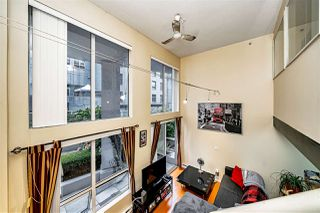 "Photo 15: 204 933 SEYMOUR Street in Vancouver: Downtown VW Condo for sale in ""THE SPOT"" (Vancouver West)  : MLS®# R2505769"