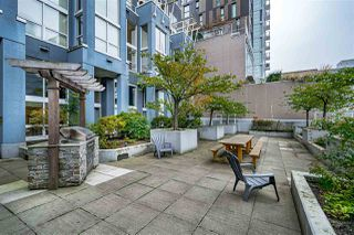 "Photo 24: 204 933 SEYMOUR Street in Vancouver: Downtown VW Condo for sale in ""THE SPOT"" (Vancouver West)  : MLS®# R2505769"