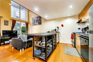 "Photo 6: 204 933 SEYMOUR Street in Vancouver: Downtown VW Condo for sale in ""THE SPOT"" (Vancouver West)  : MLS®# R2505769"