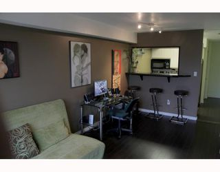 "Photo 3: 310 1099 E BROADWAY in Vancouver: Mount Pleasant VE Condo for sale in ""1099 BROADWAY"" (Vancouver East)  : MLS®# V802261"