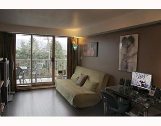 "Photo 2: 310 1099 E BROADWAY in Vancouver: Mount Pleasant VE Condo for sale in ""1099 BROADWAY"" (Vancouver East)  : MLS®# V802261"