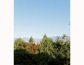 "Photo 9: 310 1099 E BROADWAY in Vancouver: Mount Pleasant VE Condo for sale in ""1099 BROADWAY"" (Vancouver East)  : MLS®# V802261"