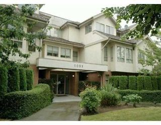 "Photo 10: 310 1099 E BROADWAY in Vancouver: Mount Pleasant VE Condo for sale in ""1099 BROADWAY"" (Vancouver East)  : MLS®# V802261"