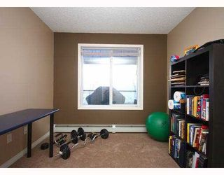 Photo 12: 219 345 ROCKY VISTA Park NW in CALGARY: Rocky Ridge Ranch Condo for sale (Calgary)  : MLS®# C3407009