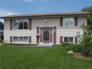 Photo 1: 27 Blue Spruce Crescent in WINNIPEG: St Vital Residential for sale (South East Winnipeg)  : MLS®# 1012737