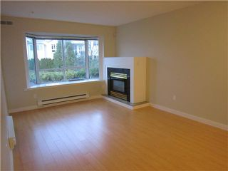 Photo 2: 202 1729 E GEORGIA Street in Vancouver: Hastings Condo for sale (Vancouver East)  : MLS®# V857226