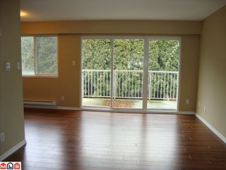 "Photo 6: 5 33900 MAYFAIR Avenue in Abbotsford: Central Abbotsford Townhouse for sale in ""MAYFAIR GARDENS"" : MLS®# F1102333"