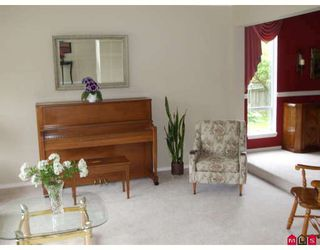 """Photo 5: 18843 63A Avenue in Surrey: Cloverdale BC House for sale in """"Falconridge"""" (Cloverdale)  : MLS®# F2819584"""