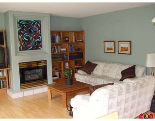 """Photo 2: 18843 63A Avenue in Surrey: Cloverdale BC House for sale in """"Falconridge"""" (Cloverdale)  : MLS®# F2819584"""