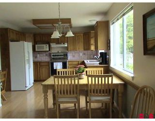 """Photo 3: 18843 63A Avenue in Surrey: Cloverdale BC House for sale in """"Falconridge"""" (Cloverdale)  : MLS®# F2819584"""