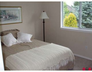 "Photo 7: 18843 63A Avenue in Surrey: Cloverdale BC House for sale in ""Falconridge"" (Cloverdale)  : MLS®# F2819584"