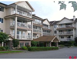"""Photo 1: 304 2491 GLADWIN Road in Abbotsford: Abbotsford West Condo for sale in """"LAKEWOOD GARDENS"""" : MLS®# F2827958"""