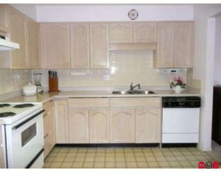 """Photo 4: 304 2491 GLADWIN Road in Abbotsford: Abbotsford West Condo for sale in """"LAKEWOOD GARDENS"""" : MLS®# F2827958"""