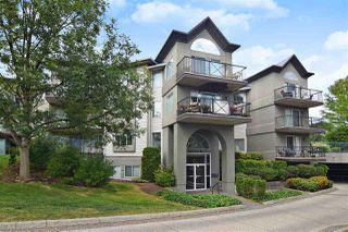 """Photo 1: 118 32725 GEORGE FERGUSON Way in Abbotsford: Abbotsford West Condo for sale in """"Uptown"""" : MLS®# R2398112"""