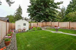 Photo 17: 6013 194A Street in Surrey: Cloverdale BC House for sale (Cloverdale)  : MLS®# R2400424