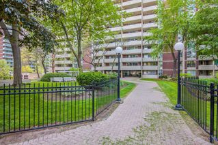 Photo 18: 2214 40 Homewood Avenue in Toronto: Cabbagetown-South St. James Town Condo for sale (Toronto C08)  : MLS®# C4672096