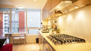 """Photo 4: 503 111 E 1ST Avenue in Vancouver: Mount Pleasant VE Condo for sale in """"BLOCK 100"""" (Vancouver East)  : MLS®# R2431806"""