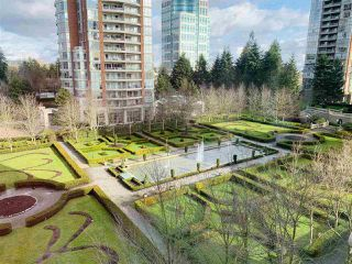 Photo 18: 707 7368 SANDBORNE Avenue in Burnaby: South Slope Condo for sale (Burnaby South)  : MLS®# R2433825