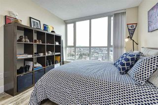"Photo 9: 1402 125 MILROSS Avenue in Vancouver: Downtown VE Condo for sale in ""CREEKSIDE"" (Vancouver East)  : MLS®# R2436108"