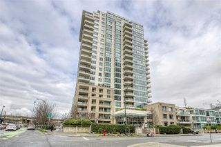 "Photo 1: 1402 125 MILROSS Avenue in Vancouver: Downtown VE Condo for sale in ""CREEKSIDE"" (Vancouver East)  : MLS®# R2436108"